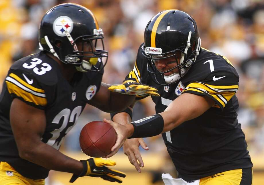 16. Pittsburgh Steelers473,180 average monthly player searchesTop five players:QB Ben Roethlisberger (135,000)SS Troy Polamalu (90,500)RB Le'Veon Bell (60,500)LB Chris Carter (40,500)WR Antonio Brown (27,100) Photo: Justin K. Aller, Getty Images