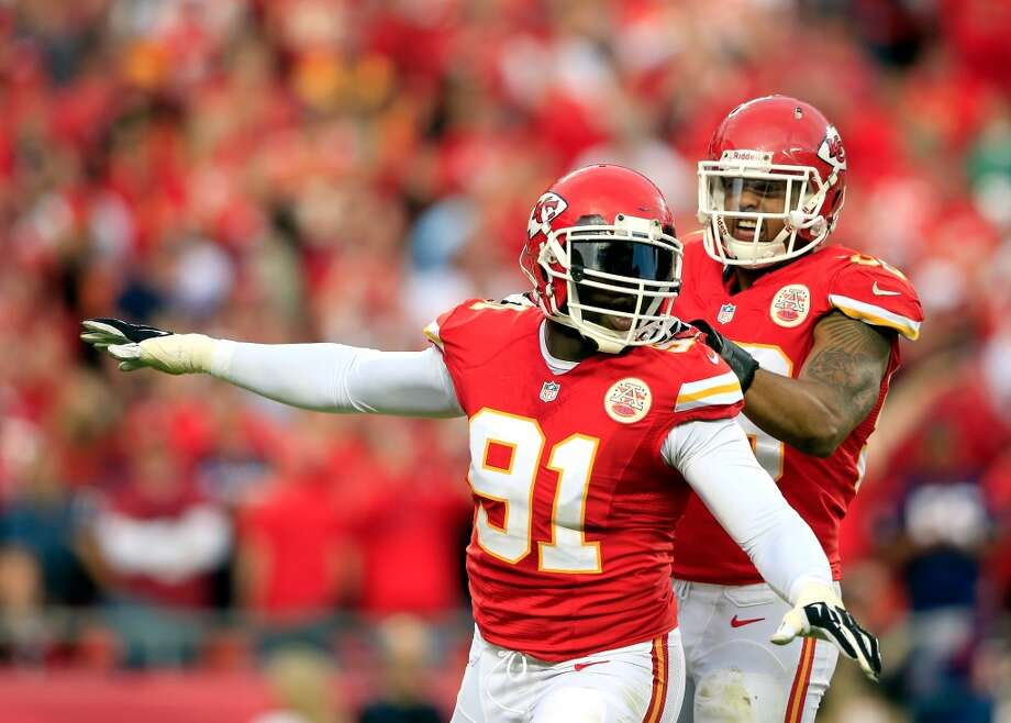 15. Kansas City Chiefs522,890 average monthly player searchesTop five players:CB Brandon Flowers (135,000)QB Alex Smith (135,000)RB Jamaal Charles (74,000)WR Dwayne Bowe (40,500)LT Eric Fisher (33,100) Photo: Jamie Squire, Getty Images