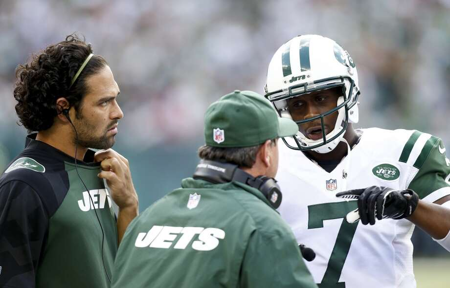 13. New York Jets570,800 average monthly player searchesTop five players:WR Eric Decker (246,000)QB Geno Smith (165,000)RG Willie Colon (33,100)CB Dee Milliner (22,200)RB Bilal Powell (18,100) Photo: Jeff Zelevansky, Getty Images