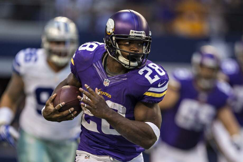 5. Minnesota Vikings1,089,470 average monthly player searches  Top five players:RB Adrian Peterson (823,000)WR Greg Jennings (74,000)QB Christian Ponder (60,500)WR Cordarrelle Patterson (49,500)DT Sharrif Floyd (14,800) Photo: Wesley Hitt, Getty Images