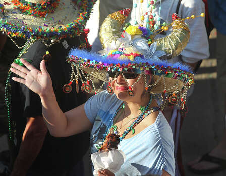 Fancy fiesta hats abound as NIOSA kicks off on April 22, 2014. Photo: TOM REEL