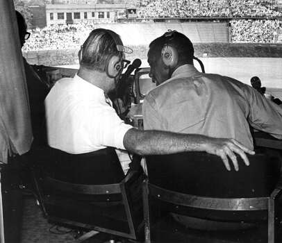 Chicago Cubs announcer Jack Brickhouse and  Ernie Banks circa 1970 at Wrigley Field in Chicago, Illinois. (Photo by Sporting News via Getty Images) Photo: The Sporting News, Sporting News Via Getty Images