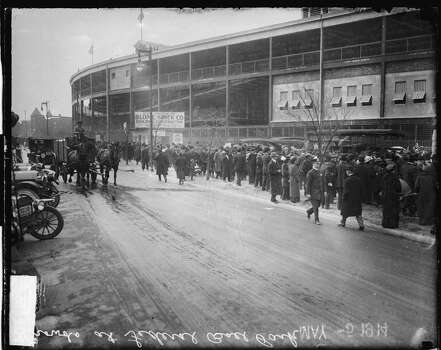 View of crowds lining up along the sidewalk outside Weeghman Park, Chicago, Illinois, May 14, 1914. Weeghman Park was home to Charlie Weeghman's Federal League team, the Chicago Whales. (Photo by Chicago History Museum/Getty Images) Photo: Chicago History Museum, Getty Images