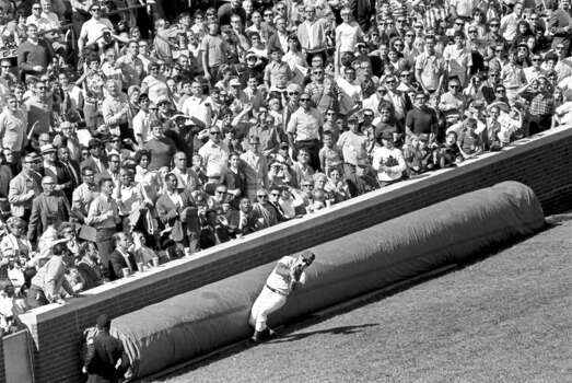 Chicago Cubs baseball player Ron Santo catching a foul ball in the fourth inning during a game against the St Louis Cardinals at Wrigley Field, Chicago, Illinois, September 20, 1969. (Photo by Lenahan for Chicago Daily News, Inc/Chicago History Museum/Getty Images) Photo: Chicago History Museum, Getty Images