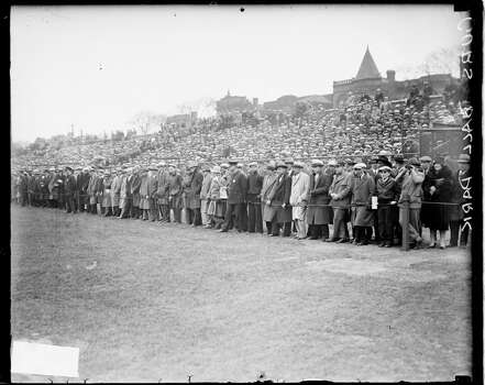 Crowd standing behind a rope barrier in front of bleachers at Wrigley Field, Chicago, Illinois, 1927. (Photo by Chicago History Museum/Getty Images) Photo: Chicago History Museum, Getty Images