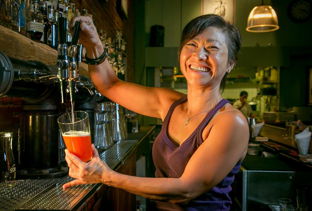Bay Area bars tap into nitro beers - SFGate