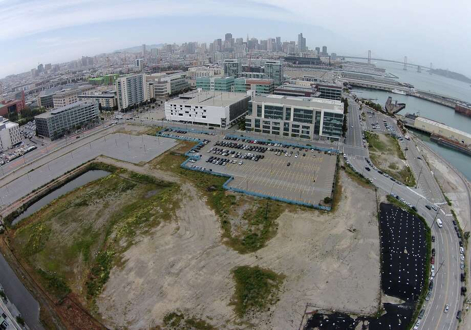 The Warriors purchased a lot in Mission Bay from Salesforce.com, abandoning the team's hope of building an arena at Piers 30-32 - and defusing the waterfront development battle. Photo: Mike Kepka, The Chronicle