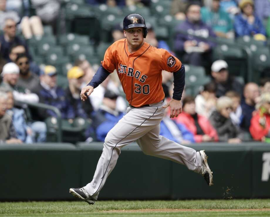Matt Dominguez runs the bases. Photo: Elaine Thompson, Associated Press
