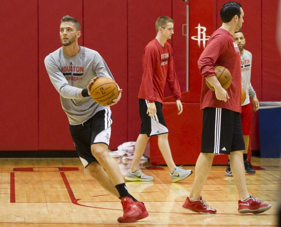 Rockets forward Chandler Parsons takes a pass during practice on Thursday. Down 0-2 in the best-of-seven Western Conference first-round playoffs, the Rockets face the Portland Trail Blazers in Game 3 on Friday. Photo: Brett Coomer, Houston Chronicle