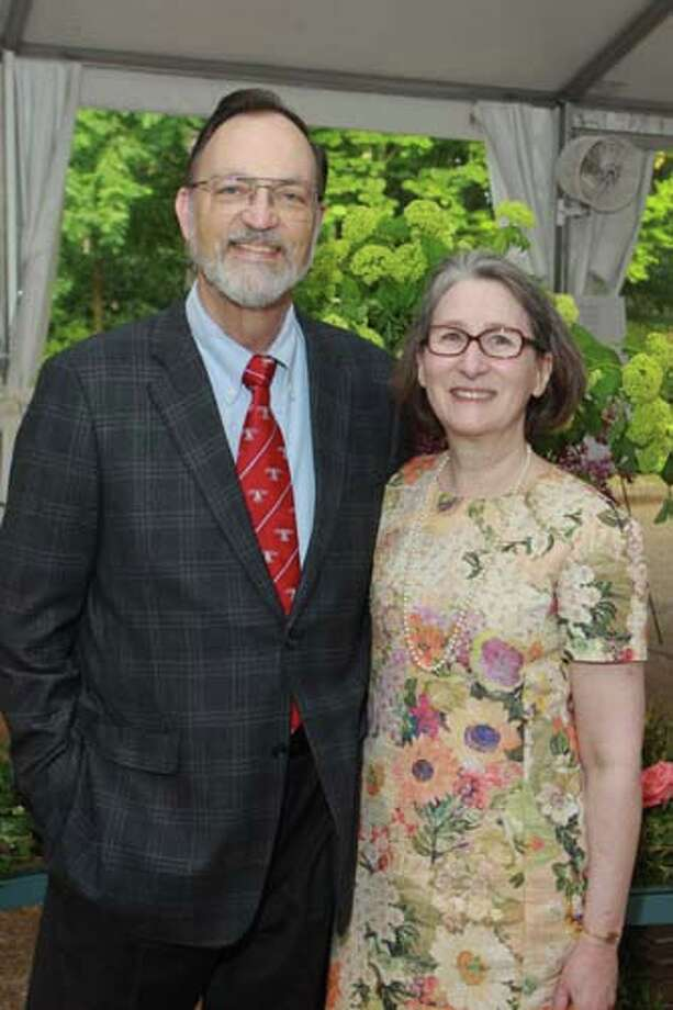 George and Kath Howe at the 2014 Rienzi Spring Party. Photo: Gary Fountain, For The Chronicle / Copyright 2014 by Gary Fountain