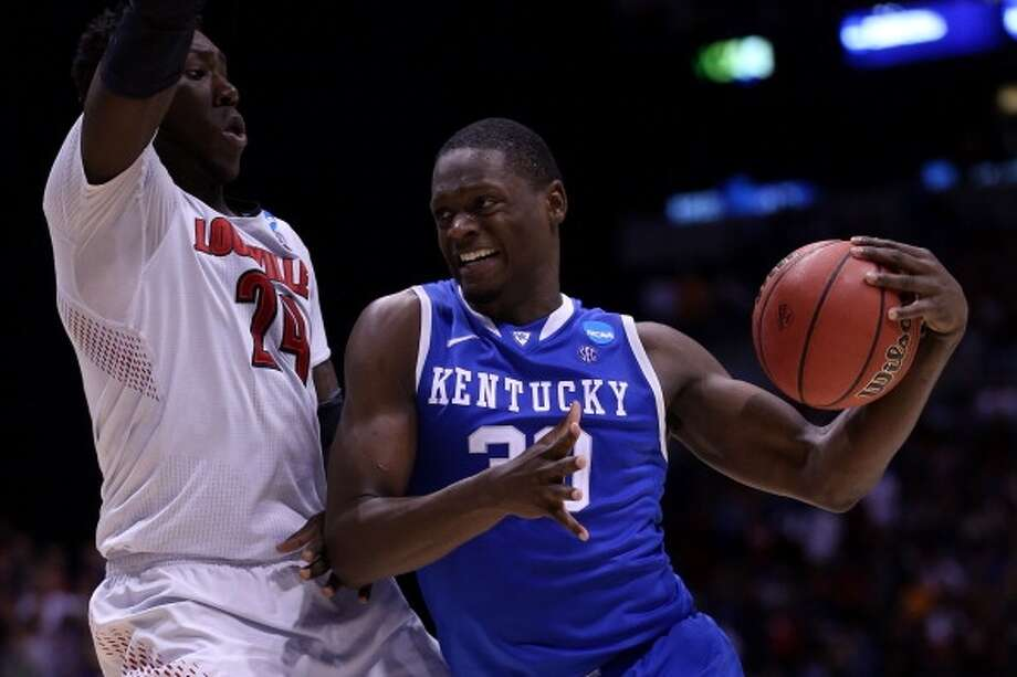 Julius Randle  Position: Forward  Ht./Wt: 6-9/250 lbs  School: Kentucky  Classification: Freshman  2013-14 stats: 15 points, 10 rebounds, one assists one block per game Photo: Jonathan Daniel, Getty Images