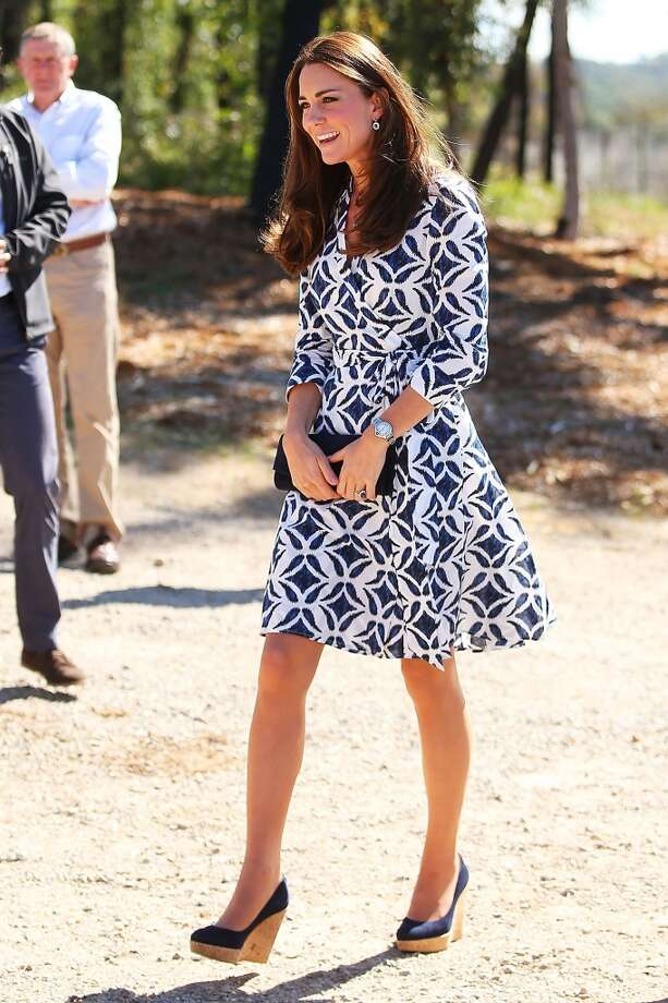 The wedges make another appearance, this time accompanying a light dress as the Duchess of Cambridge arrives at the Winmalee Guide Hall on April 17, 2014 in Winmalee, Australia. Photo: Brendon Thorne, Getty Images