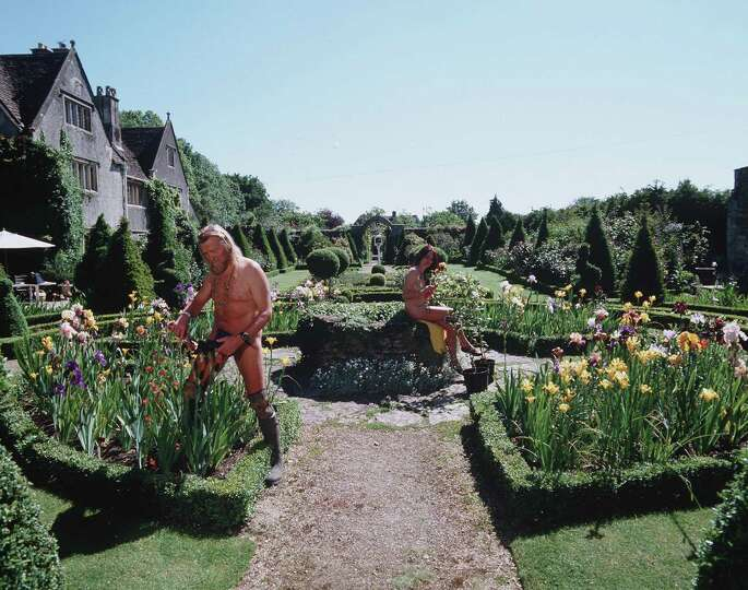 World Naked Gardening Day 92