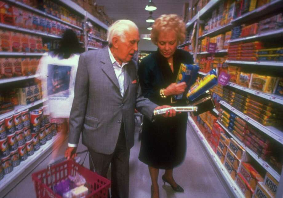 Take the time to read the fine print on food labels. You might be surprised at what you find. Photo: Alan Levenson, Time & Life Pictures/Getty Image / Alan Levenson