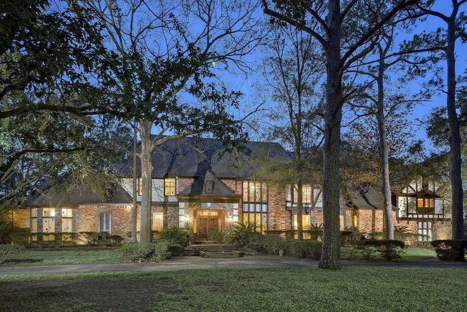 17 W Rivercrest in Westchase, $2,495,000 / ONLINE_YES