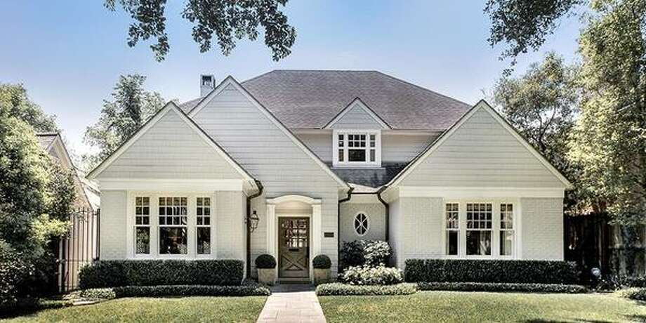 1825 Wroxton: This 1995 home has 4 bedrooms, 3 bathrooms, and 4,471 square feet. Listed for $1,600,000. Open house: 4/27/2014, 2 p.m. to 4 p.m. Photo: Houston Association Of Realtors