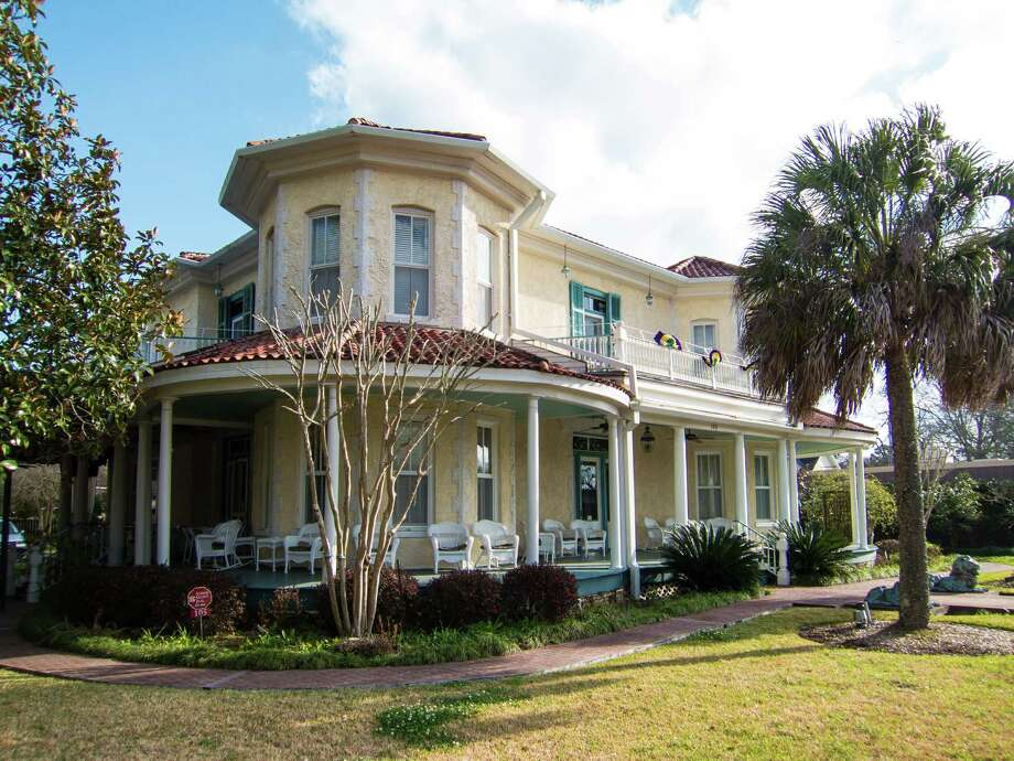 Caldwell House Bed And Breakfast Abbeville La