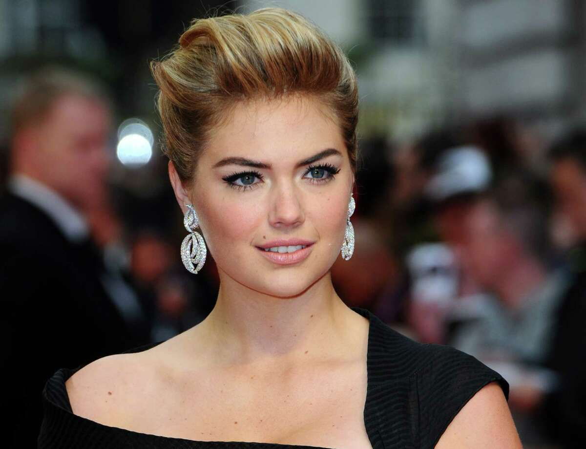 When going to the London premiere of your movie, make sure you rock this simple and elegant number like Kate Upton did.