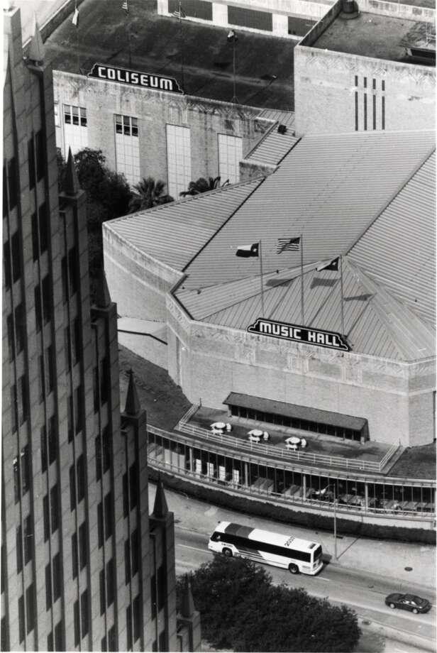 Sam Houston Coliseum and Houston Music Hall, seen in 1992. Photo: JOHN EVERETT, Houston Chronicle
