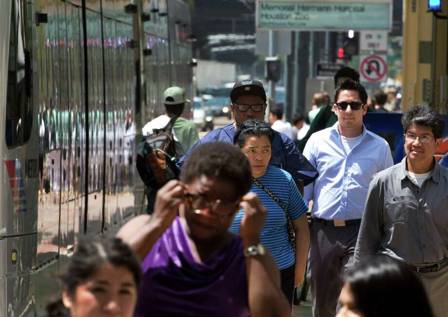 Many visitors and workers avoid the Texas Medical Center parking crunch by using METRORail. Photo: Marie D. De Jesus, Staff / © 2014 Houston Chronicle