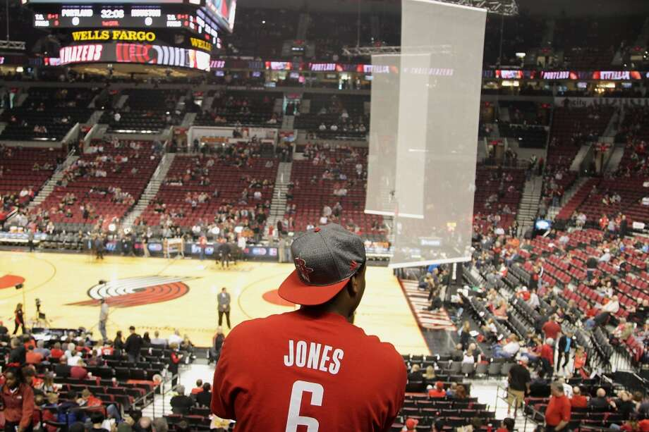 A lone Rockets fan stands before Game 3 in Portland. Photo: James Nielsen, Houston Chronicle