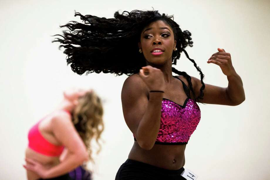 Nearly 300 young women danced at an open audition. Photo: JORDAN STEAD, SEATTLEPI.COM / SEATTLEPI.COM