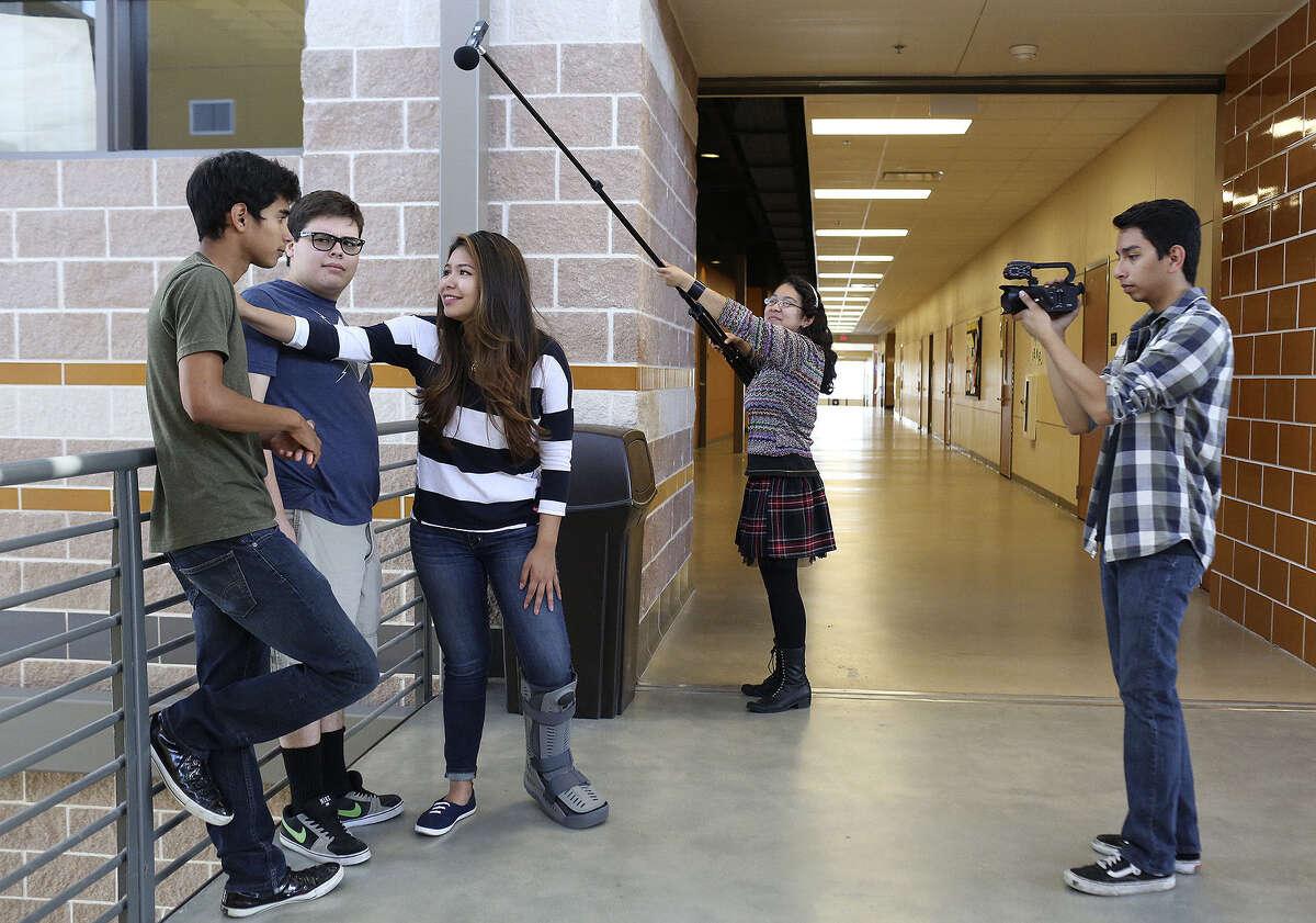 20. East CentralHigh School Graduation rate, 2013-14:92.2 percent Source:Texas Education Agency