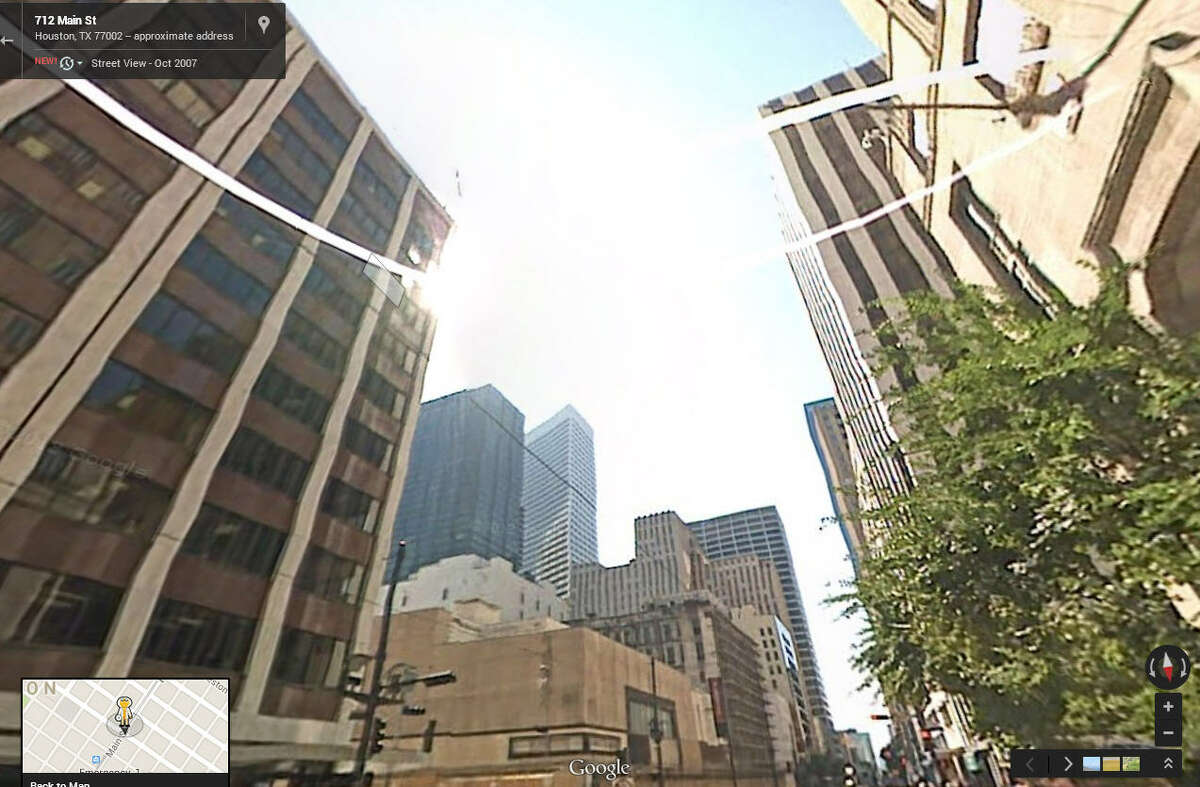 Houston Street View Then and Now In 2007: The intersection of Main and Rusk shows a clear shot to the sky.