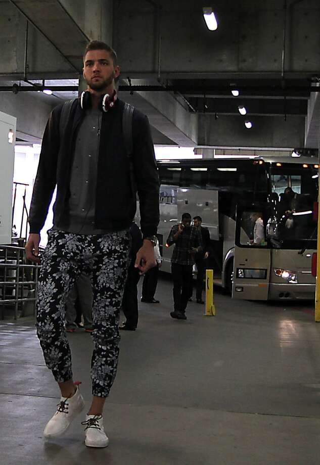 Chandler Parsons arrives before game 4. Photo: James Nielsen, Houston Chronicle