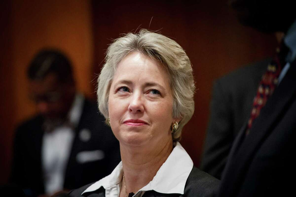 Mayor Annise Parker presides over weekly City Council Meeting, Wednesday, Oct. 9, 2013, in Houston. ( Michael Paulsen / Houston Chronicle )