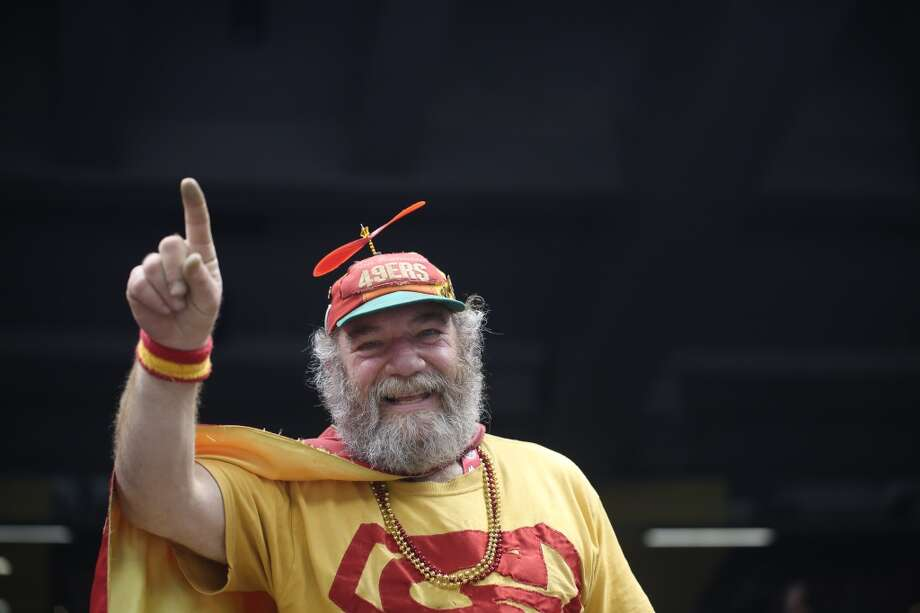 Tailgate with the one and only Banjo Man. Photo: Mike Kepka, The Chronicle