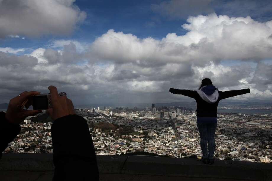Discover which S.F. hill has the best view. We vote Twin Peaks. Photo: Leah Millis, The Chronicle