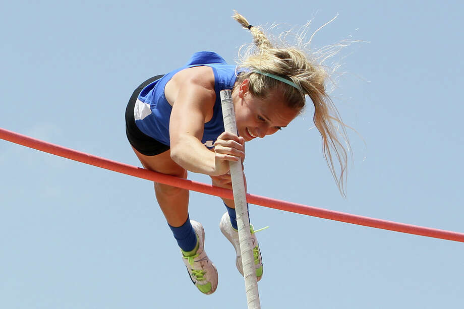 New Braunfels' Sara Kathryn Stevens takes gold in the 5A pole valt during the Region IV-5A and Region IV-4A track and field meets at Heroes Stadium on Friday, April 25, 2014.  MARVIN PFEIFFER/ mpfeiffer@express-news.net Photo: MARVIN PFEIFFER, Marvin Pfeiffer/ Express-News / Express-News 2014