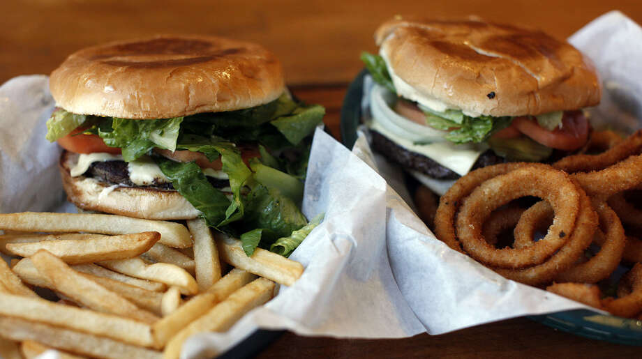Burgers and more burgers are on the menu at Chunky's Burgers. Photo: Express-News File Photo / San Antonio Express-News