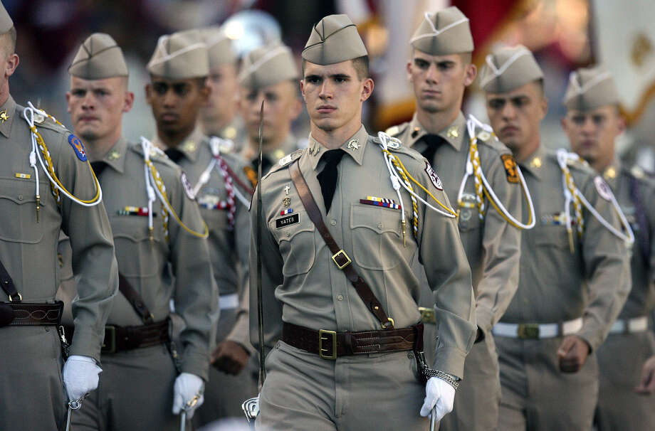 Regarding the recent legal problems that have befallen some football players at Texas A&M, a reader says all students should live up to the high standards expected of the Corps of Cadets. Photo: Express-News File Photo / SAN ANTONIO EXPRESS-NEWS