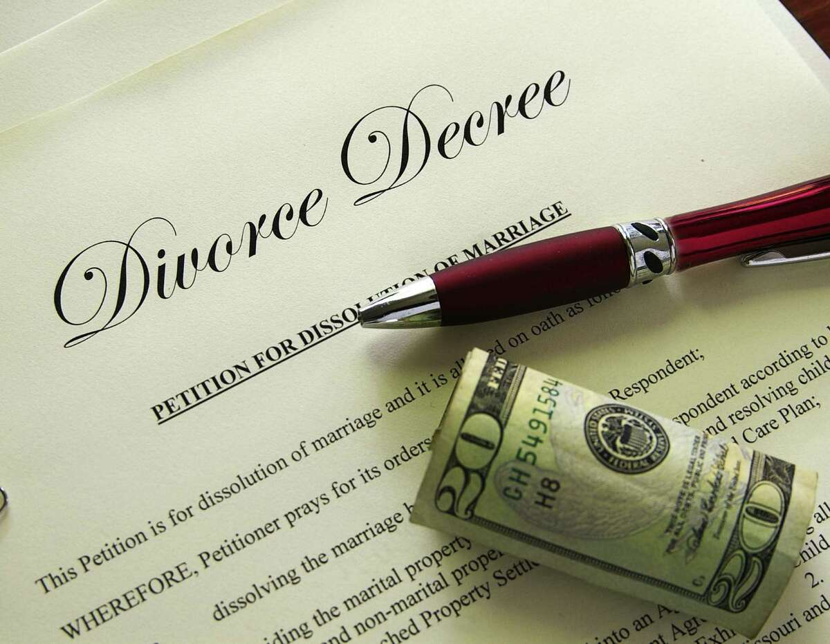 A collaborative divorce can cut the cost and time it takes to dissolve a marriage.