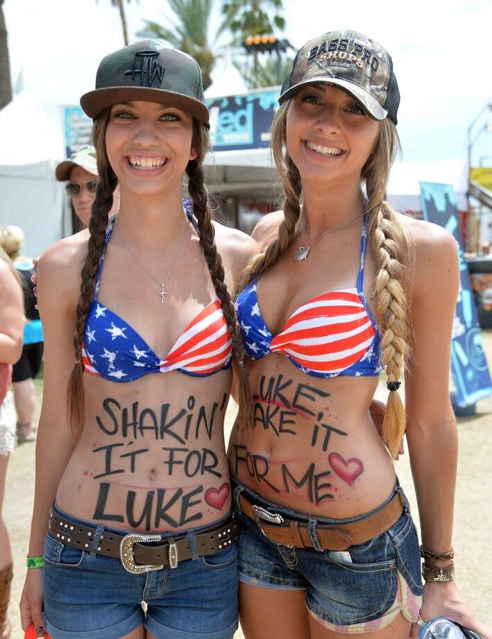 Luke is for sure going to notice you, ladies. Photo: Frazer Harrison, Getty Images For Stagecoach