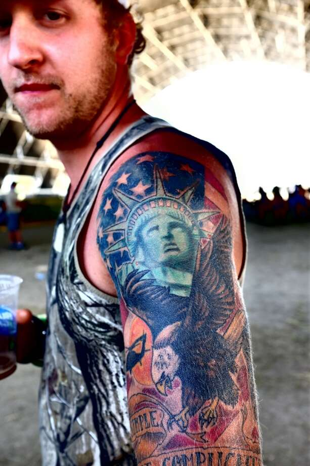 Here's the runner-up for most patriotic person at Stagecoach. Photo: Frazer Harrison, Getty Images For Stagecoach