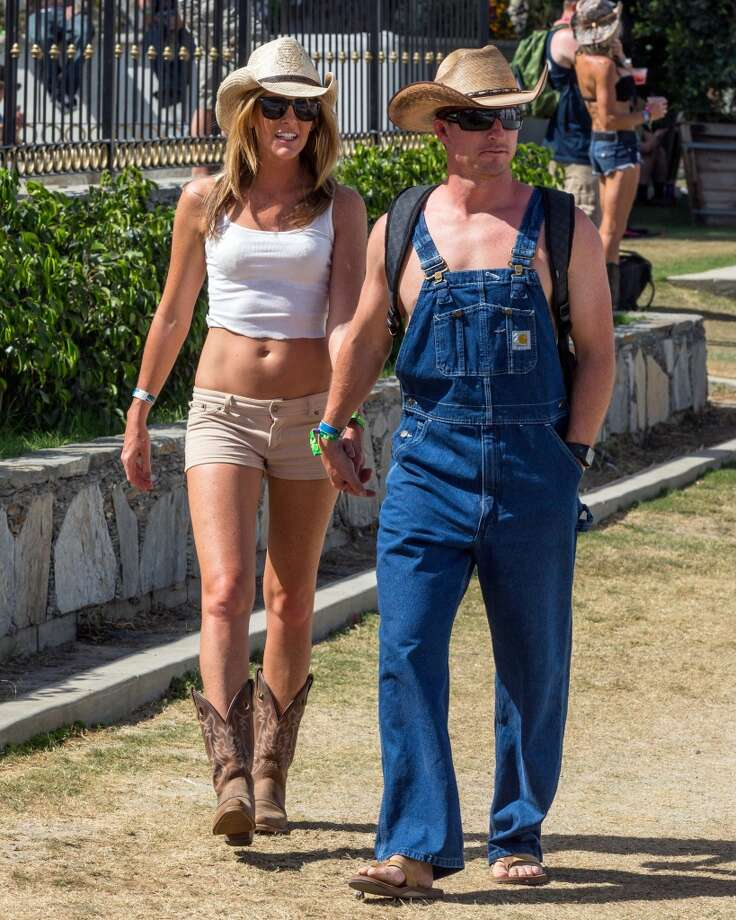 Who decided that flip flops are ok with overalls? Photo: Rich Polk, Getty Images For Stagecoach