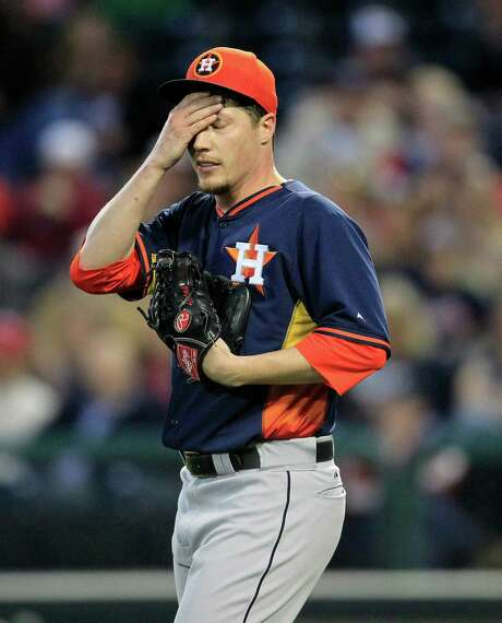 The Astros granted righthander Lucas Harrell's request to be traded so he could stay in the majors. Photo: Karen Warren, Staff / © 2013 Houston Chronicle