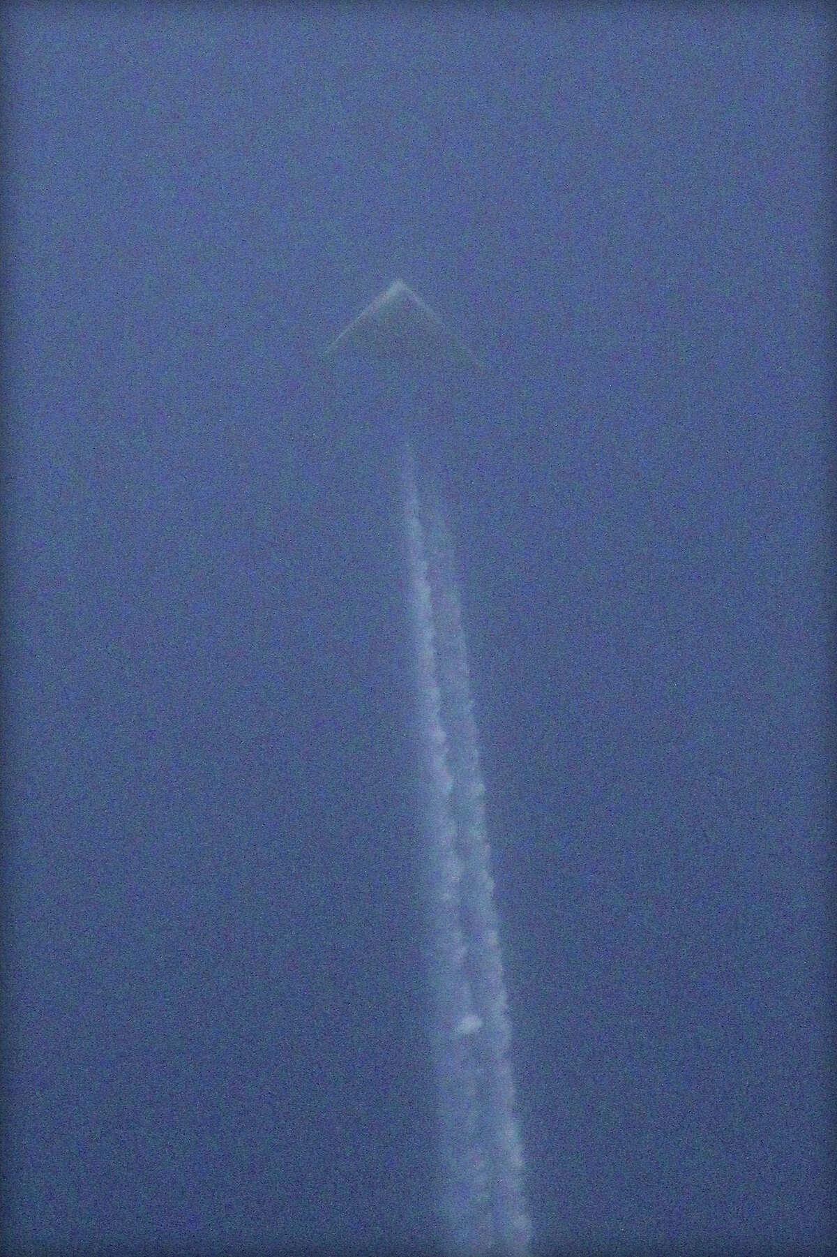 Mystery aircraft spotted over Kansas. (Jeff Templin photo)