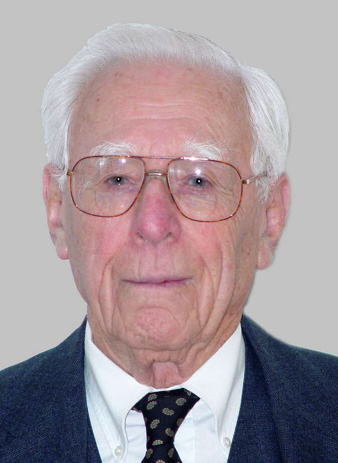 Sidney S. Postol, a veteran of town and state public service, died Monday at age 96. Photo: Contributed Photo / Westport News