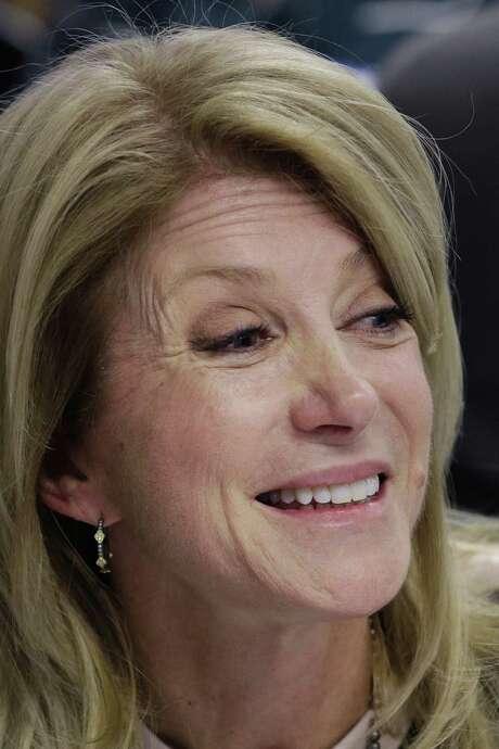 Texas State Sen. Wendy Davis' campaign team remains hopeful. / AP