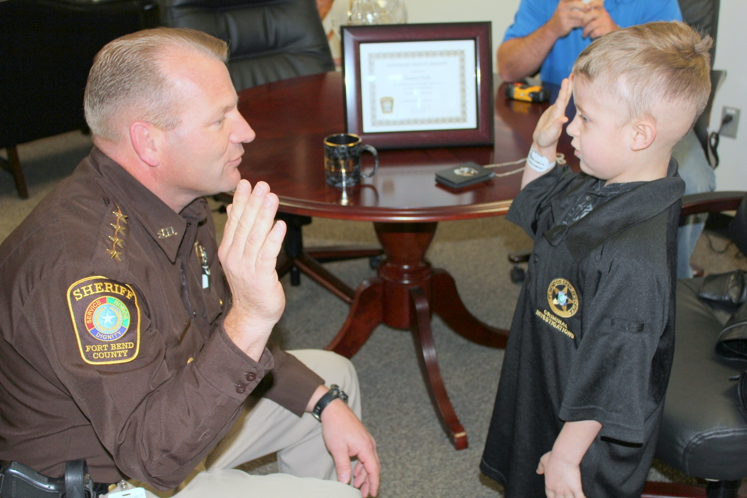 barbecue fundraiser to benefit youngest deputy of fort