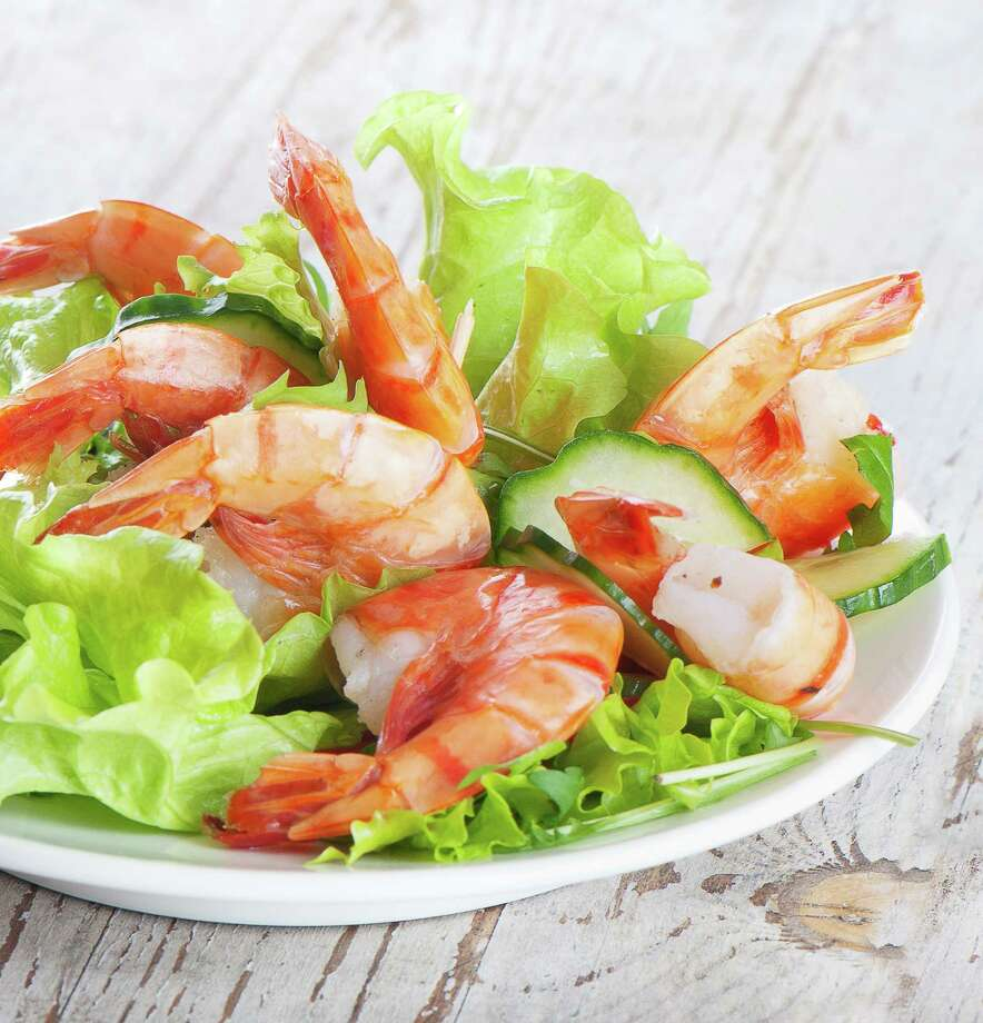 Green salad with shrimps/Fotolia / bit24 - Fotolia