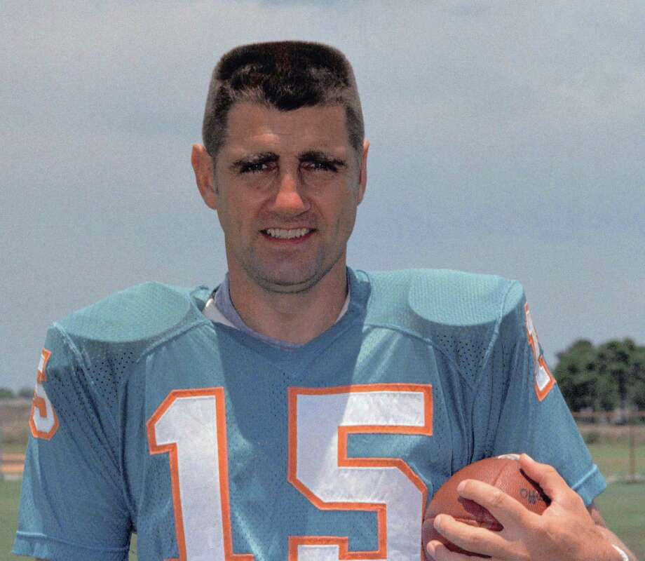 FILE - This is a 1972 file photo showing Miami Dolphins quarterback Earl Morrall. Morrall, an NFL quarterback for 21 years who started nine games during the Miami Dolphins' perfect season in 1972, has died at age 79. The Dolphins confirmed Morrall's death Friday, April 25, 2014. Photo: Anonymous, AP / AP