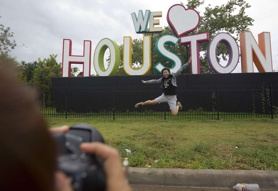 "New arrivals or ""Newstonians"" may not be up to code on the lingo or mannerisms required to live in our city, but don't worry. We've compiled a list of things you should definitely not say to anyone during your time here. Photo: Johnny Hanson, Houston Chronicle"