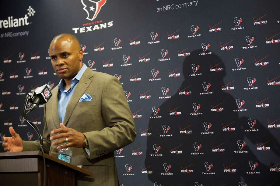 For selfish reasons, Texans GM Rick Smith admittedly likes the late draft date. Photo: Brett Coomer, Staff / © 2014  Houston Chronicle
