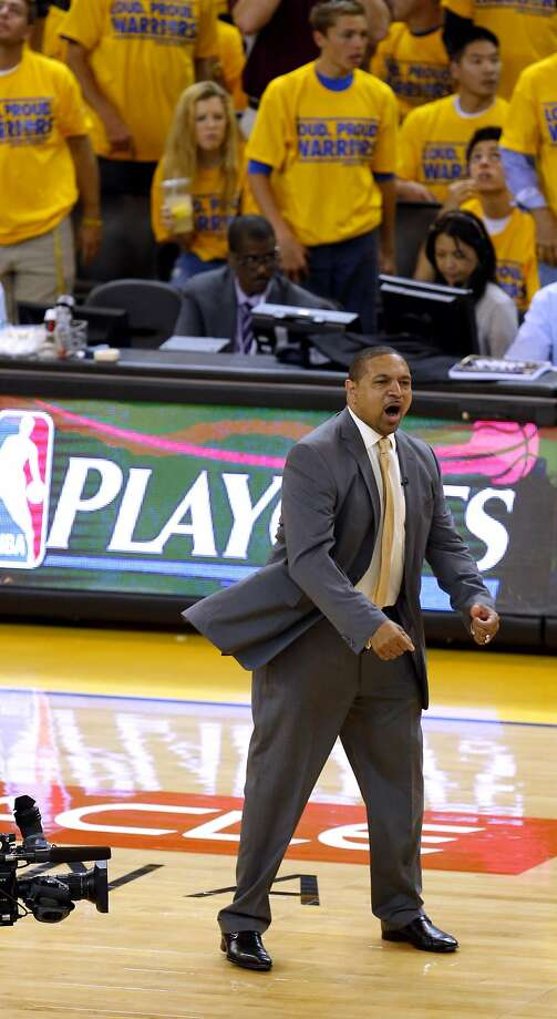 Warriors head coach Mark Jackson heads onto the floor to express his displeasure with a call in the first half of Game 6. Photo: Michael Macor, The Chronicle