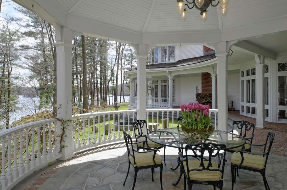 Ron Howard sold his Conyers Farm estate for $27.5 million. Check out the property. Photo: Sotheby's International Realty
